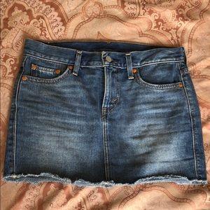 Levi's Jean Skirt - Size 24